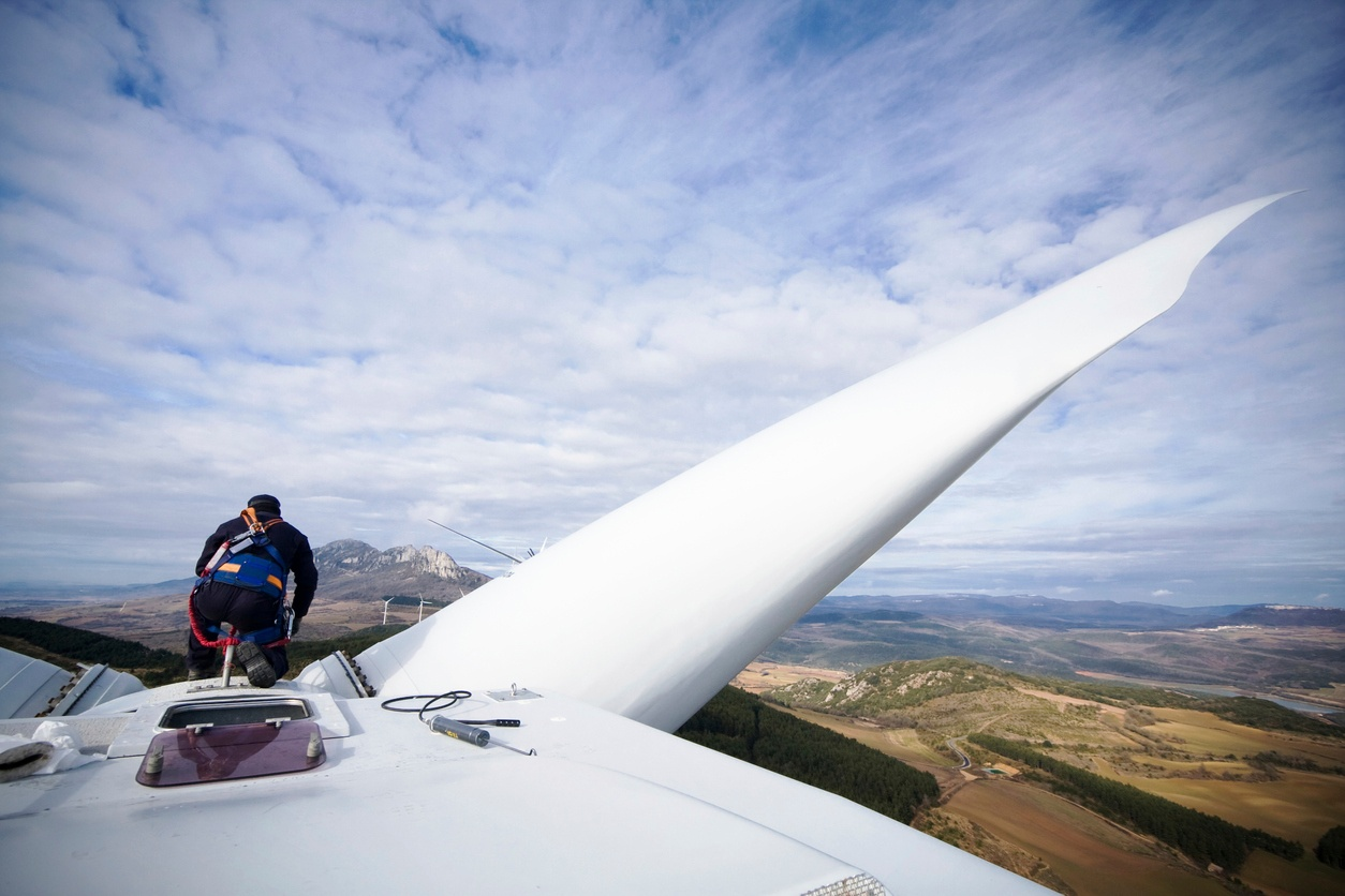 Wind Turbine Maintenance Requires Calibrated Tools