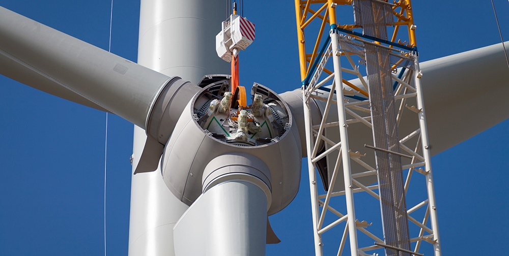 The properly calibrated torque equipment for Installing wind turbines.